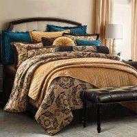 Loretta Comforter Set